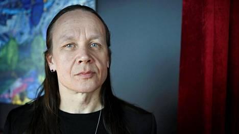 Visuaalinen suunnittelija Mikki Kunttu saa oman tapahtuman Tampere-taloon.