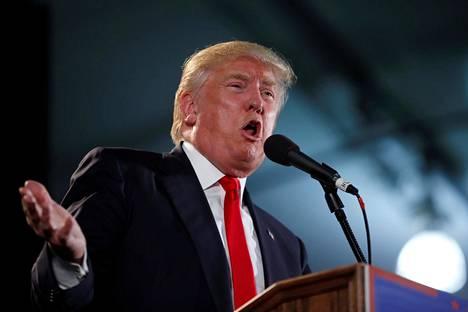 Donald Trump pyrkii Yhdysvaltojen presidentiksi.