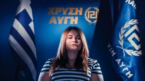 Ourania Michaloliakos nousi Kultaisen aamunkoiton johtopaikoille, kun hänen isänsä, järjestön perustaja Nikolaos Michaloliakos istui vankilassa.