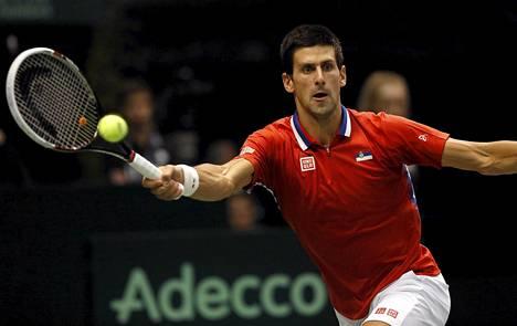 Novak Djokovic loukkasi nilkkansa viikonlopun Davis-cupin ottelussa.