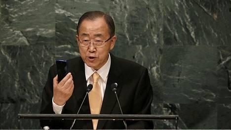 Ban Ki-moon tuomitsi Maailman ruokaohjelman WFP:n rekkojen ryöstämisen.