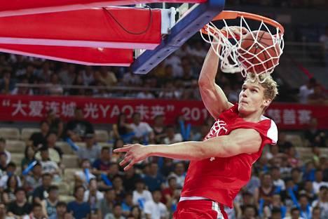 Lauri Markkanen pelasi näytösottelussa Kiinassa 12. elokuuta.