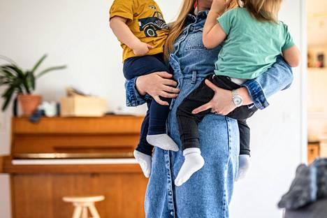 Tutkimuksen mukaan kaksosten määrän kasvu selittyy pelkästään erimunaisten kaksosten syntyvyyden nousu. Identtisten kaksosten syntyvyys pysyi samana.