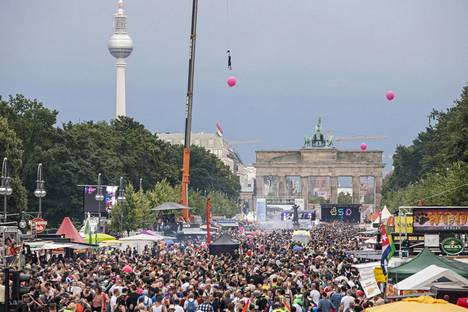 Sukupuoli- ja seksuaalivähemmistöjen oikeuksien puolesta marssittiin Berliinissä heinäkuussa.