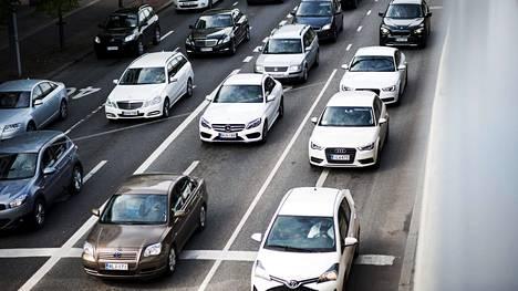 Liikenteen huominen sisältää muitakin vaihtoehtoja kuin ruuhkautuminen, tutkijat sanovat.