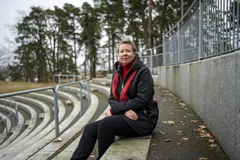 Freja Ulvestad Kärki vastaa Norjassa pandemian psykososiaalisten vaikutusten seurannasta.