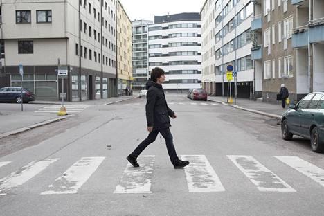 Jiri Nikkinen löysi 6-vuotiaana isänsä levyaarteiden joukosta Beatlesin Abbey Roadin. Sen levyn musiikkia hän soittaa keikoillaan yhä.