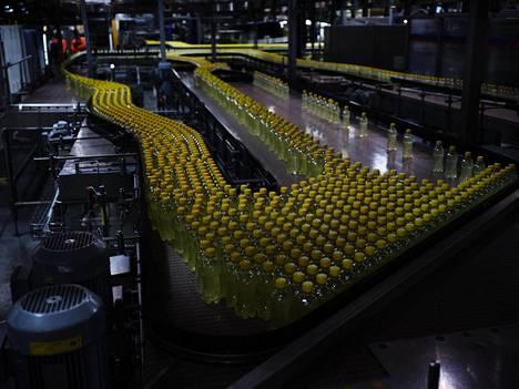 Kevyt Olo -juomat edustavat kasvussa olevia alkoholittomia juomatuotteita. Uusi muovipullolinjasto otetaan Iisalmessa käyttöön kesän aikana.