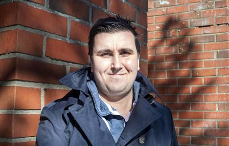 Mikko Hänninen on vähittäiskauppaan erikoistunut taloustieteilijä ja apulaisprofessori Nottinghamin yliopistossa.