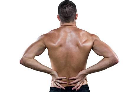 Iskiasvaivat ja välilevyn pullistumat saattavat alkaa vaivata nelikymppistä treenaajaa.