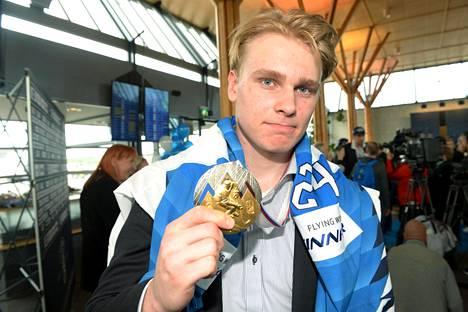 Kaapo Kakko oli Leijonien suurimpia tähtiä kultaan päättyneissä MM-kisoissa.