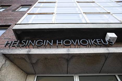 Helsingin hovioikeus alensi poikkeuksellisen pitkää seksuaalirikostuomiota.