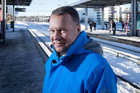 Kaupunginjohtaja Jukka Mäkelä pitää   Espoon keskuksen sijaintia loistavana.