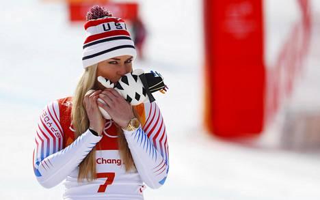 Lindsey Vonn otti pronssia syöksylaskussa.