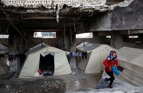 Maan sisäisten pakolaisten leiri Syyrian Idlibissä torstaina.