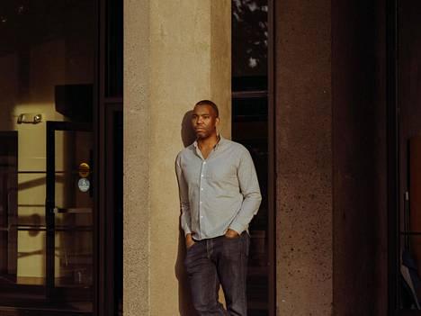 Kirjailija Ta-Nehisi Coates kuvattuna Manhattanilla New Yorkissa syyskuussa 2017.