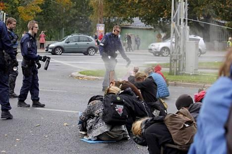 Extinction Rebellion Finland liikkeen kuvamateriaalia mielenosoituksesta Helsingistä 3. lokakuuta.