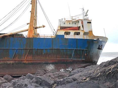 Irlantilaislehden mukaan laiva on tällä hetkellä kivikolla turvallisesti, kunhan merenpinta ei nouse.