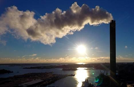 Hanasaaren voimalaitos Helsingissä käyttää kivihiiltä. Voimalaitos suljetaan 2020-luvulla.