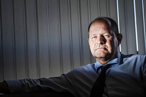 Poliisiylijohtaja Dan Eliasson on saanut kovaa arvostelua ja oppositiossa vaaditaan jo hänen eroaan.