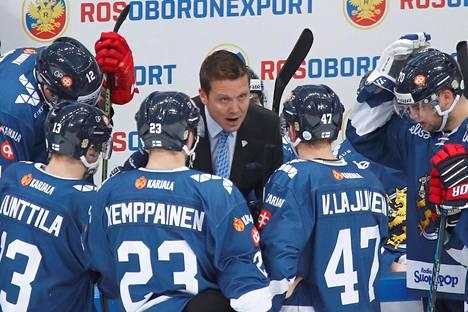 Päävalmentaja Lauri Marjamäelle jäi paljon pohdittavaa olympiavalintoihin Moskovan-turnauksen jälkeen.