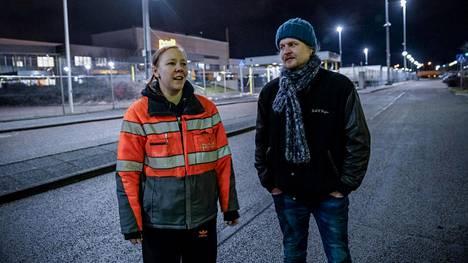 Muun muassa taukosäännöt ja vanhojen luottamusmiesten asema ovat herättäneet harmistusta Vantaan logistiikkakeskuksessa, kertovat luottamushenkilöinä toimineet Soile Laine ja Aleksi Andersson