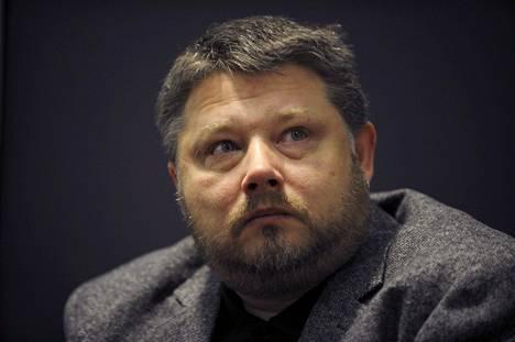 Virolainen kirjailija Indrek Hargla.