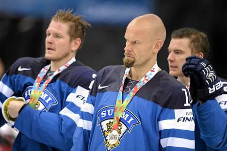 Kiekkoleijonat olivat pettyneitä Minskissä Venäjälle hävityn MM-finaalin jälkeen.