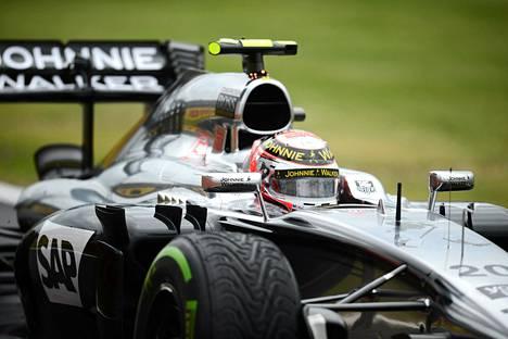 Tanskalainen Kevin Magnussen on McLarenin toinen kisakuljettaja tällä kaudella.