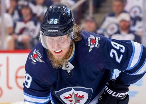 Patrik Laine on tehnyt kahdella kaudella yhteensä 80 maalia NHL:n runkosarjassa.
