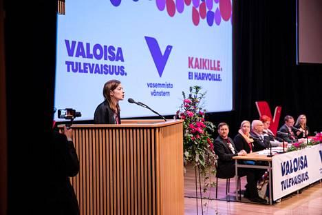 Puheenjohtaja Li Andersson puhui Vasemmistoliiton puoluekokouksessa Kuopiossa lauantaina.