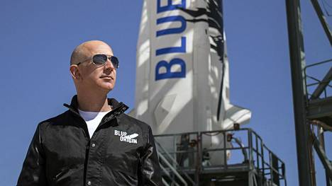 Amazonin perustaja ja toimitusjohtaja Jeff Bezos omistaa rakettiyhtiö Blue Originin.