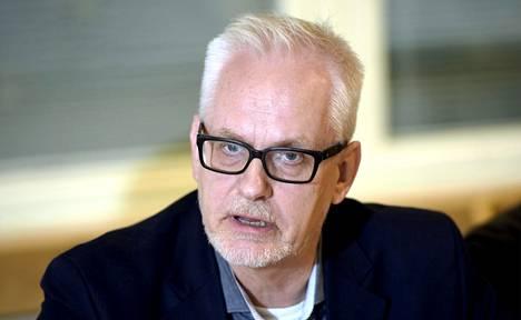 Unkarin hallitus vaatii europarlamentaarikko Petri Sarvamaata pyytämään anteeksi sitä, miten Sarvamaa on arvostellut Unkarin toimia ja hätätilalakia.