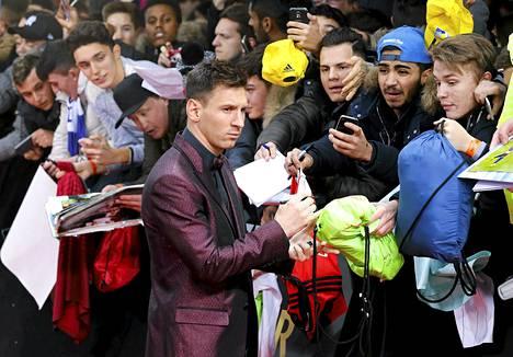 Lionel Messi Fifan jalkapallogaalassa.
