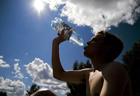 Sunnuntaiksi lupaillaan parhaimmillaan jopa 30 asteen lämpöaaltoa.