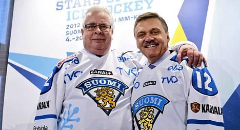 Kansainvälisen jääkiekkoliiton puheenjohtaja Rene Fasel ja varapuheenjohtaja Kalervo Kummola MM-kisojen mediatilaisuudessa viime talvena.