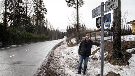 Esa Rissasen omakotitalo sijaitsee Sipoon puolella. Hän toimii Myyras-Viirilän omakotiyhdistyksen puheenjohtajana.