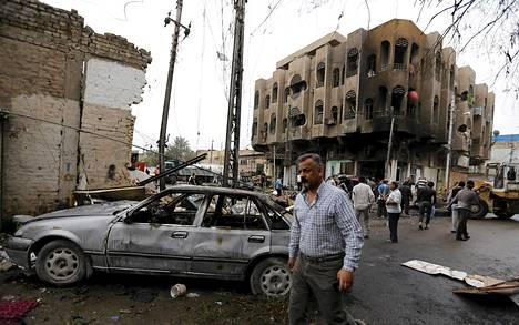 Autopommin jälkiä Bagdadissa maaliskuun alussa tänä vuonna.