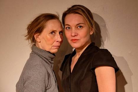 Kati Outinen ja Annatuuli Saine