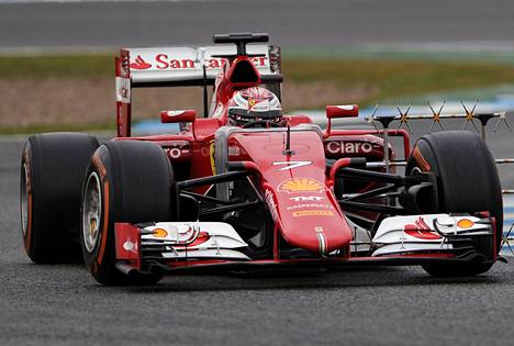 Kimi Räikkönen oli heti tyytyväinen Ferrarin uuteen autoon.