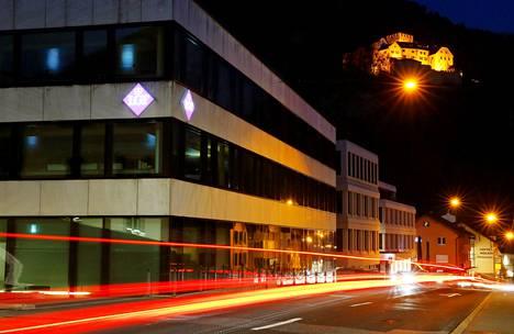 LGT-pankin pääkonttori Vaduzissa Lichtensteinissa marraskuussa 2016. Pankin avulla kätköissä oli 50-60 miljoonaa euroa suomalaisten varoja.