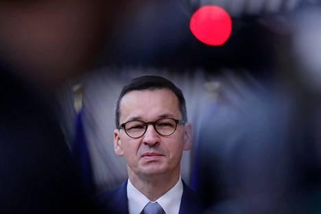 Puolan pääministeri Mateusz Morawiecki sai torstaina parlamentin tuen EU-budjetin vastustamiselle.