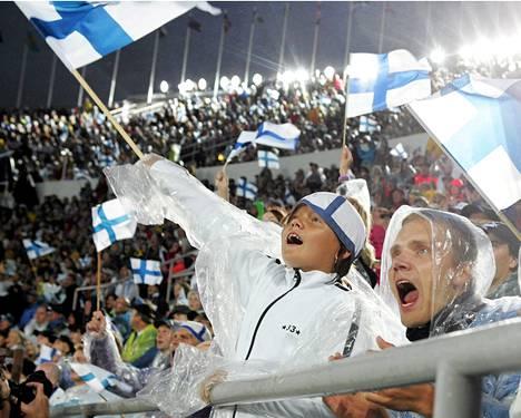 Yleisurheilun MM-kisoissa 2005 Helsingin Olympiastadionilla kilpailtiin rankkasateessa.