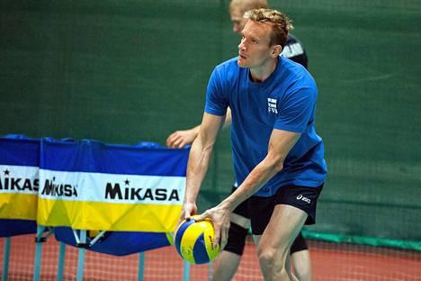 Tuomas Sammelvuo, 38, on nuorin Suomen alkulohkon päävalmentajista.