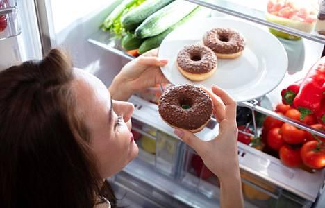 Herkuttelua ei pitäisi koskaa väheksyä tai pyrkiä kitkemään pois, muistuttaa ravitsemusterapeutti.
