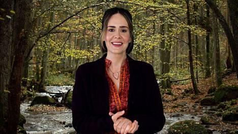 Sarah Paulson esittää meditaa tioyrittäjää.