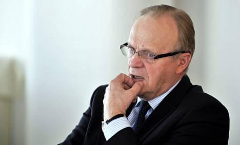 """Työministeri Lauri Ihalainen myöntää, että TE-toimistojen organisaatiouudistus ei sujunut toivotulla tavalla. """"Siinä oli aika monta uudistusta yhtä aikaa."""""""