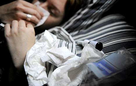 Ei ole yhdentekevää, paranteleeko flunssaa parasetamolin vai ibuprofeenin avulla.