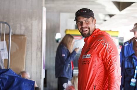 Antti Ruuskanen sai kotikunnaltaan palkinnoksi laiturin.