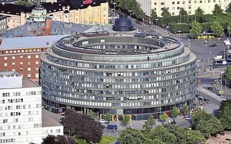 Eläkeyhtiö Ilmarinen myy Ympyrätalon ja muita toimistotaloja uudelle omistajalle yli 400 miljoonan euron arvosta.
